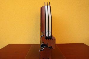 Bukó, nyíló, bukó-nyíló, középen felnyíló bukó nyíló, távnyitós bukó kivitelben.